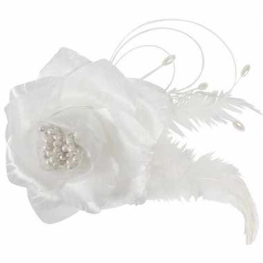 Meisjes 12x bruiloft/huwelijk corsages wit 9 cm met roos en parels