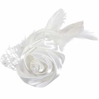 Meisjes 24x bruiloft/huwelijk corsages wit met roos en veren