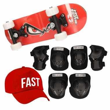 Meisjes skateboard set voor kinderen l 9 10 jaar/valbescherming/fast pet/skateboard met print 43 cm rood
