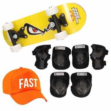 Meisjes skateboard set voor kinderen m 6 8 jaar/valbescherming/fast pet/skateboard met print 43 cm geel