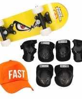Meisjes skateboard set voor kinderen l 9 10 jaar valbescherming fast pet skateboard met print 43 cm geel