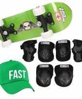 Meisjes skateboard set voor kinderen l 9 10 jaar valbescherming fast pet skateboard met print 43 cm groen